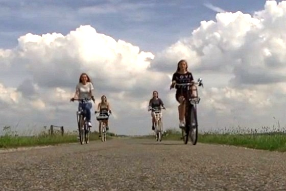 e-bike-riders-on-dutch-road.jpg