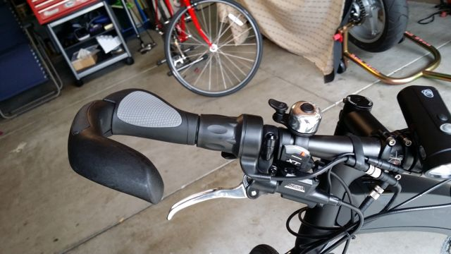 Neo Carbon Grips and Shifter2.jpg