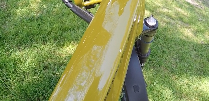 R-M Charger GX Touring - paint damage.jpg