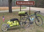 bob-yak-single-track-bicycle-trailer.jpg