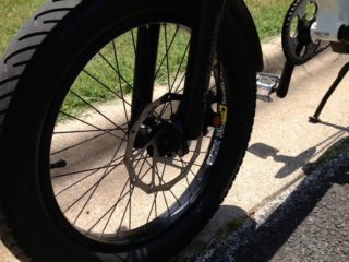 A2b Metro Tires And Disc Brakes