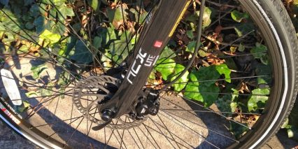 Easy Motion Neo Carbon Fork Disc Brakes