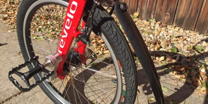 Revelo Flex Fenders Upgraded Wellgo Pedals
