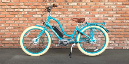 2016 Electra Townie Go Azure Step Thru