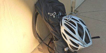 Osprey Syncro 10 Hydration Pack Lidlock Helmet Attachment