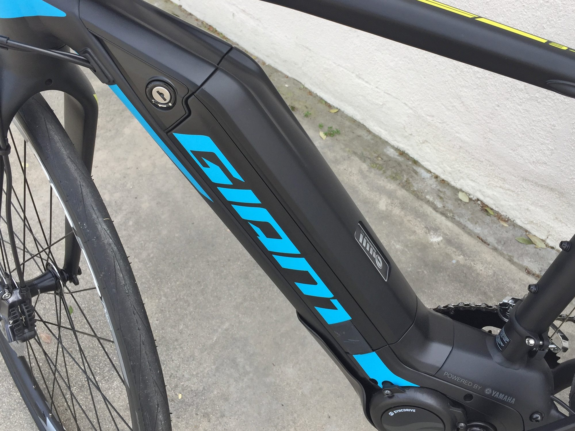 Giant Road-E+ Review - Prices, Specs, Videos, Photos