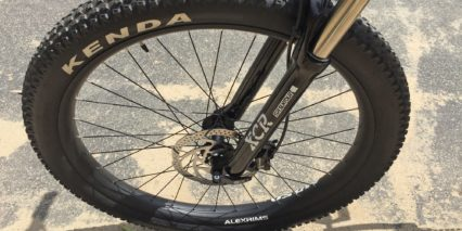 Izip E3 Peak Plus Kenda Havok Plus Sized Tires