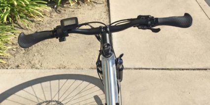 Juiced Bikes Crosscurrent S Clean Handlebar Trigger Throttle On Left