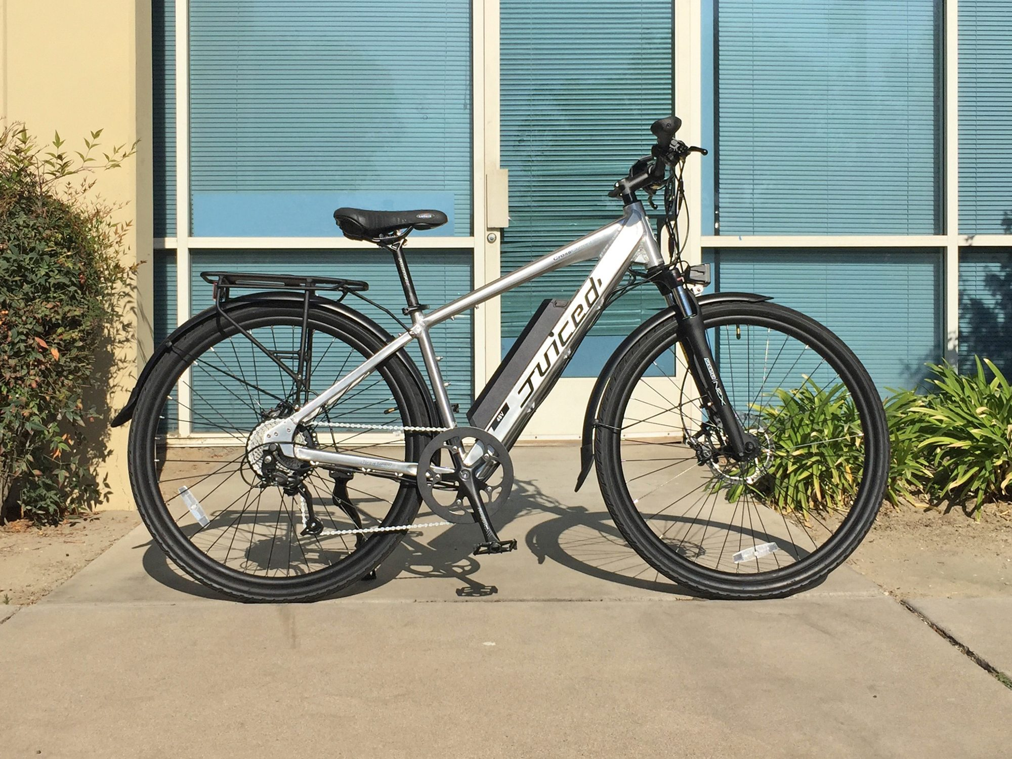 Juiced Bikes CrossCurrent S Review - Prices, Specs, Videos, Photos