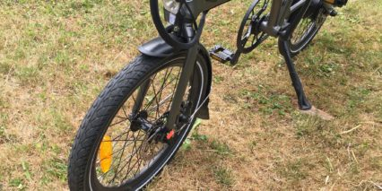 Evelo Quest One Spaninga Galeo Integrated Headlight Reflective Tires