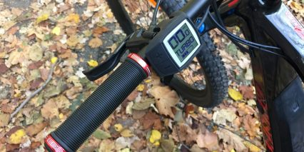 Moustache Samedi 27 Trail 8 Bosch Purion Compact Display