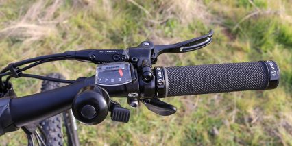 Flx Trail Shimano Alivio Trigger Shifters On Right