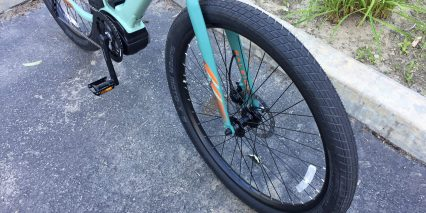 2018 Raleigh Venture Ie Schwalbe Super Moto X Big Tires