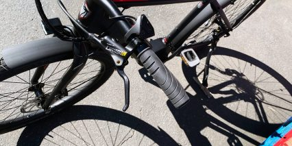 2019 Raleigh Redux Ie Locking Grips Adjustable Lever Brakes