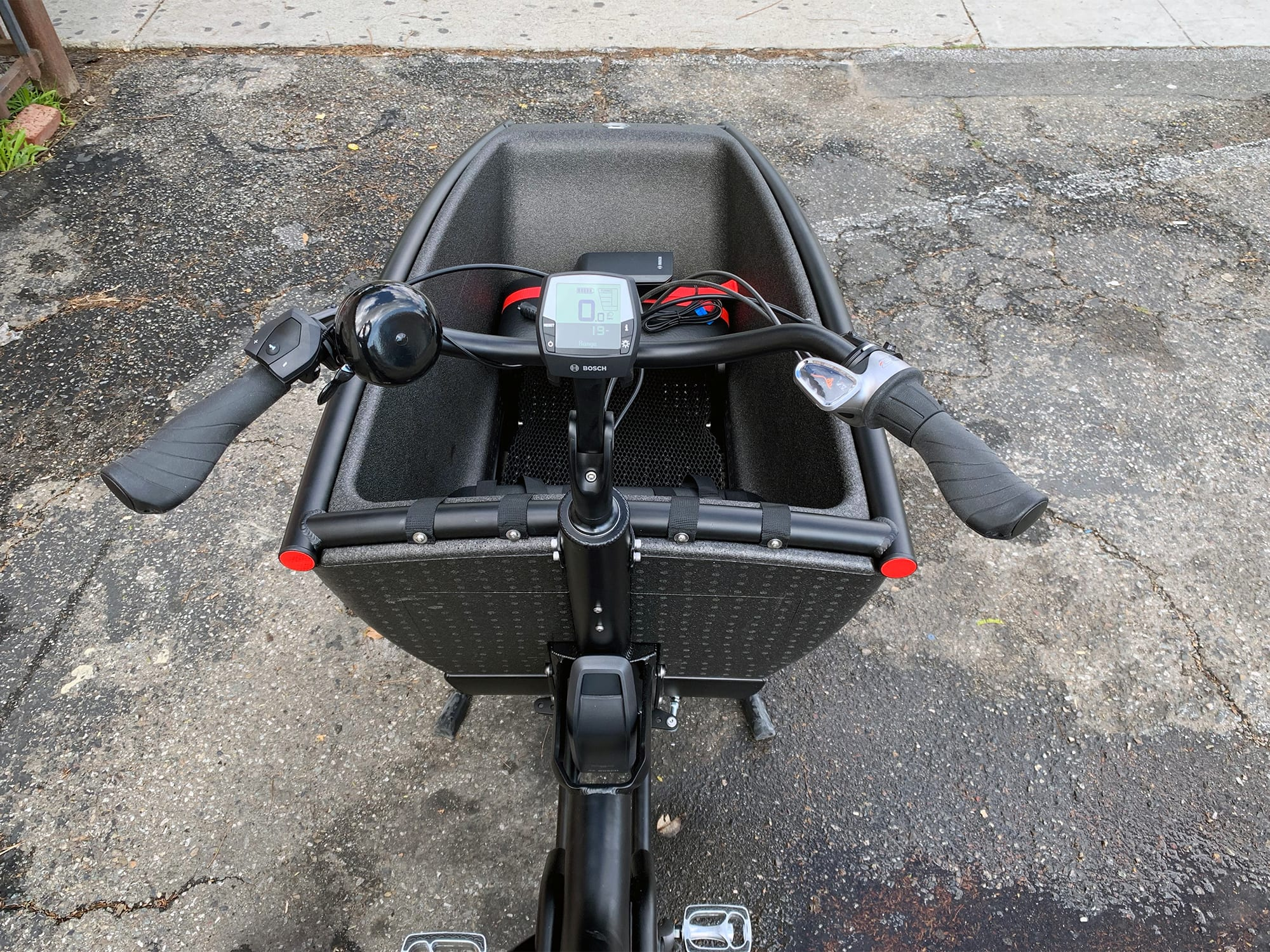 Urban Arrow Family Review - Prices, Specs, Videos, Photos