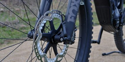 Pivot Cycles Shuttle Fox Front Suspension Shimano Saint Hydraulic Brake Rotor With Cooling Fins