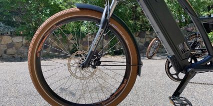 Magnum Low Rider Schwalbe Big Ben Tires