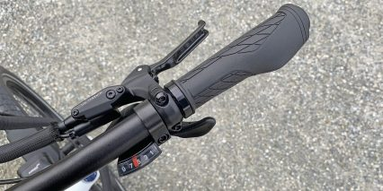 Dost Drop Velo Rubber Locking Grips And Shimano Altus Trigger Shifter Window