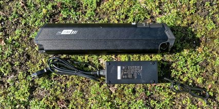 Rize Bikes Blade Reention Battery And 3 Amp Charger