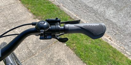 Cube Town Sport Hybrid One 400 Shimano Trigger Shifters And Hydraulic Brake Lever