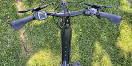 Trek Verve Plus 3 Cockpit View Swept Back Handlebars